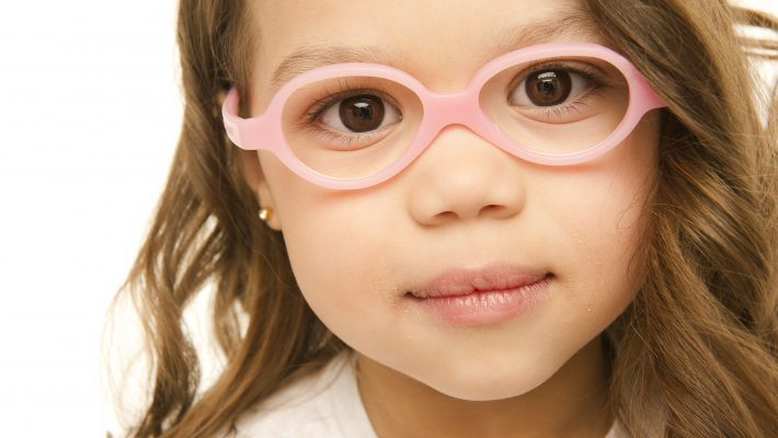 How to Identify the Warning Signs: Vision Problems in Children